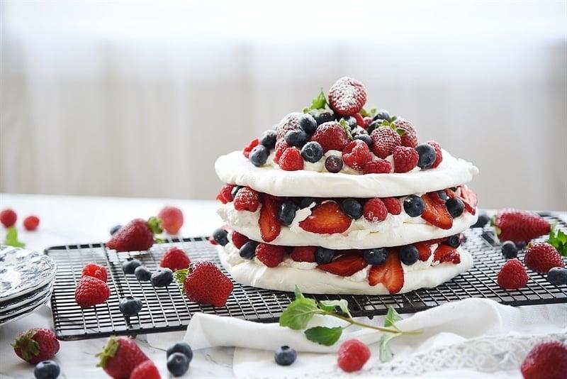 boccone dolce - meringue desserts