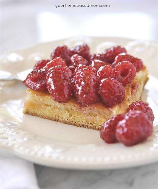 Ooey Gooey Cake with Berries