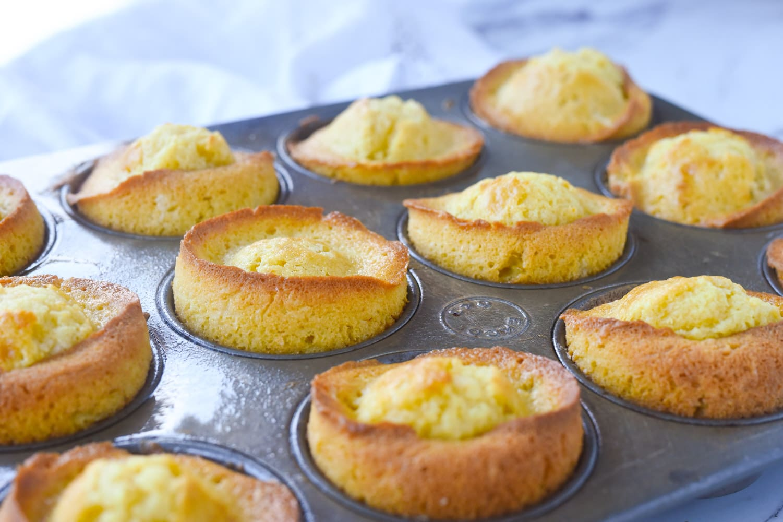 marmalade muffins in a muffin tip