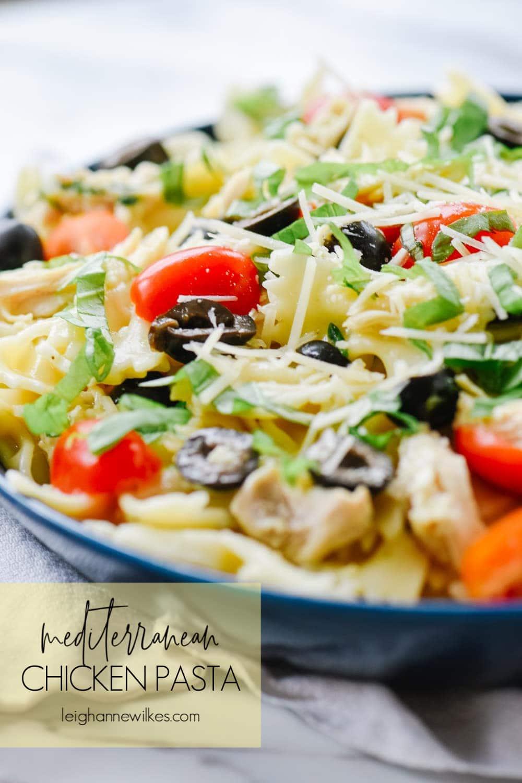 close up of bowl of mediterranean pasta