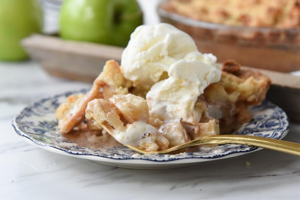 Easy Apple Pie ala mode