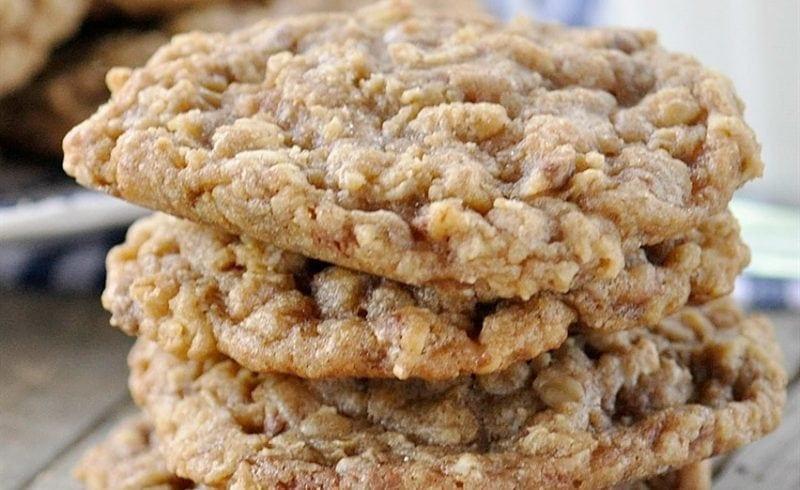 Oatmeal Toffee Crisp Cookies