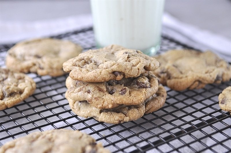Chocolate Chip Cookies @ yourhomebasedmom.com