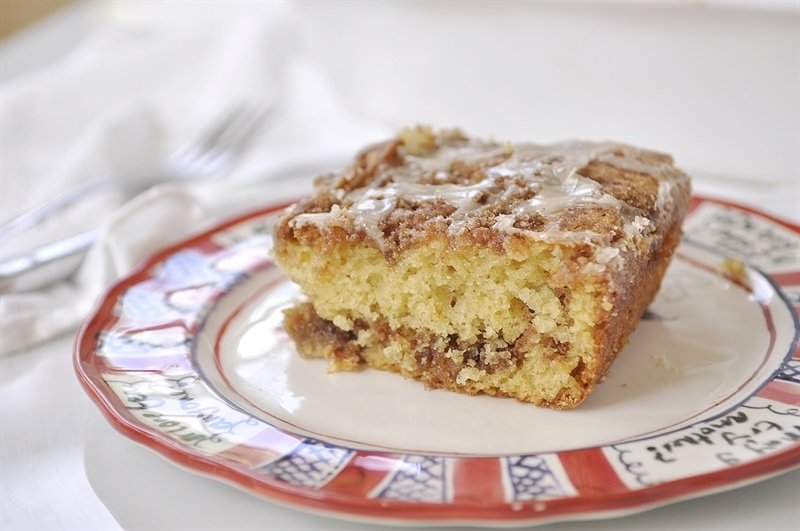 Cinnamon Bun Cake, a delicious cinnamony treat