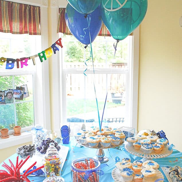 Tween BIrthday Party table