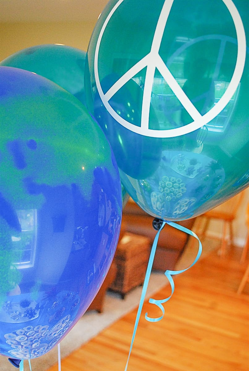 Balloon with peace sign