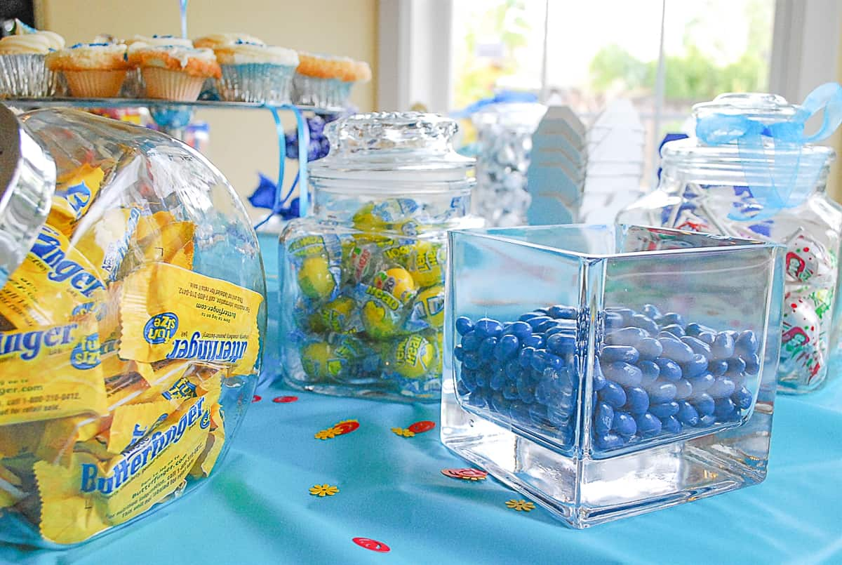 yellow and blue candy