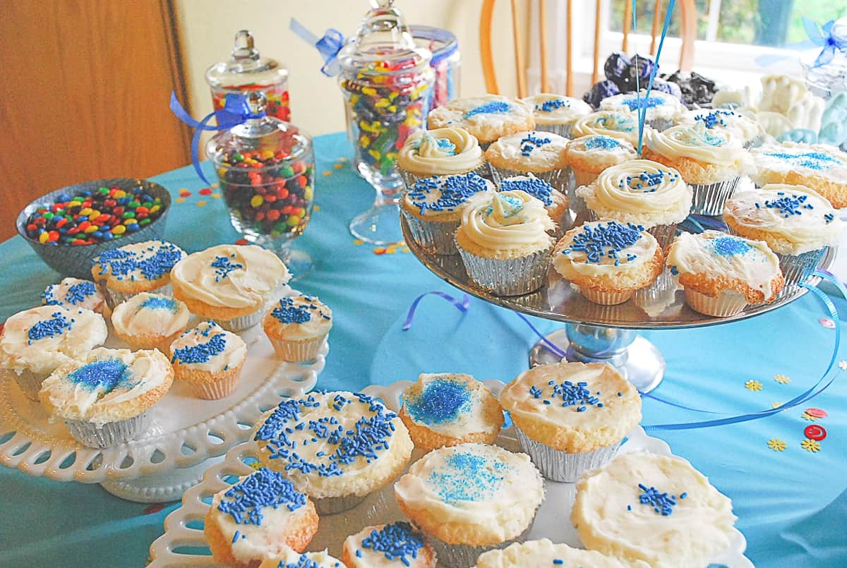 cupcakes on a table