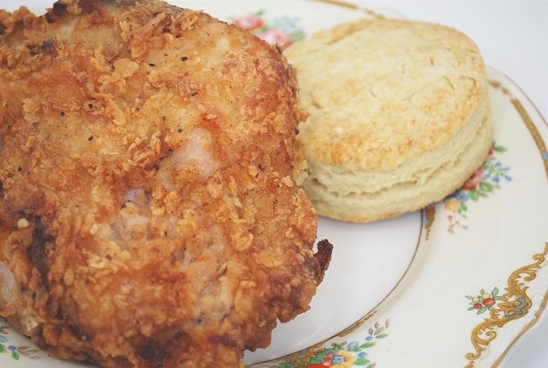Perfect Fried Chicken @yourhomebasedmom.com