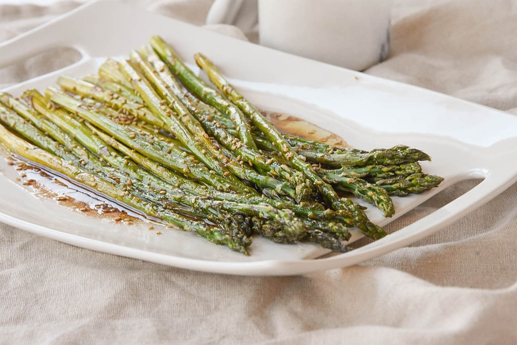 Balsamic Asparagus topped with sesame seeds