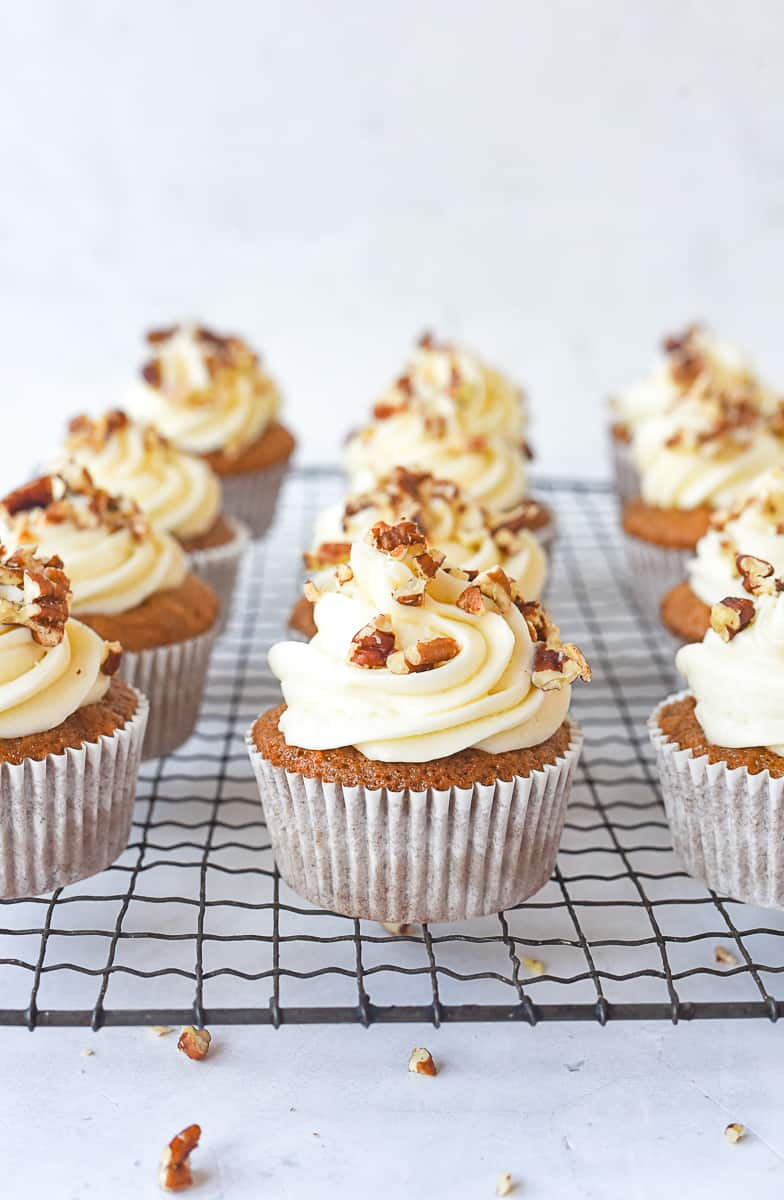 carrot cupcakes with frosting