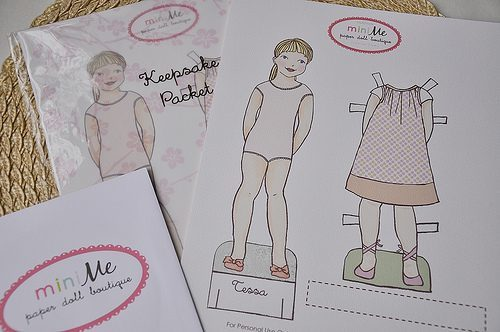Lily & Thistle: MiniMe Paper Doll Giveaway