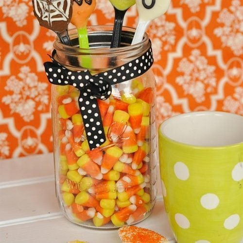 Make Your Own Halloween Hot Chocolate Spoons