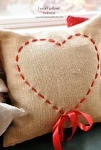Valentine Pillow Tutorial and Free Valentine Printable