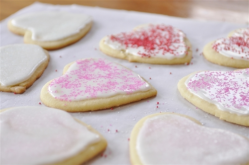 frosted valentine sugar cookies