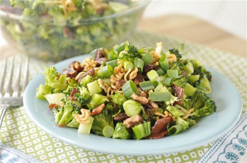 Cruncy Broccoli Salad