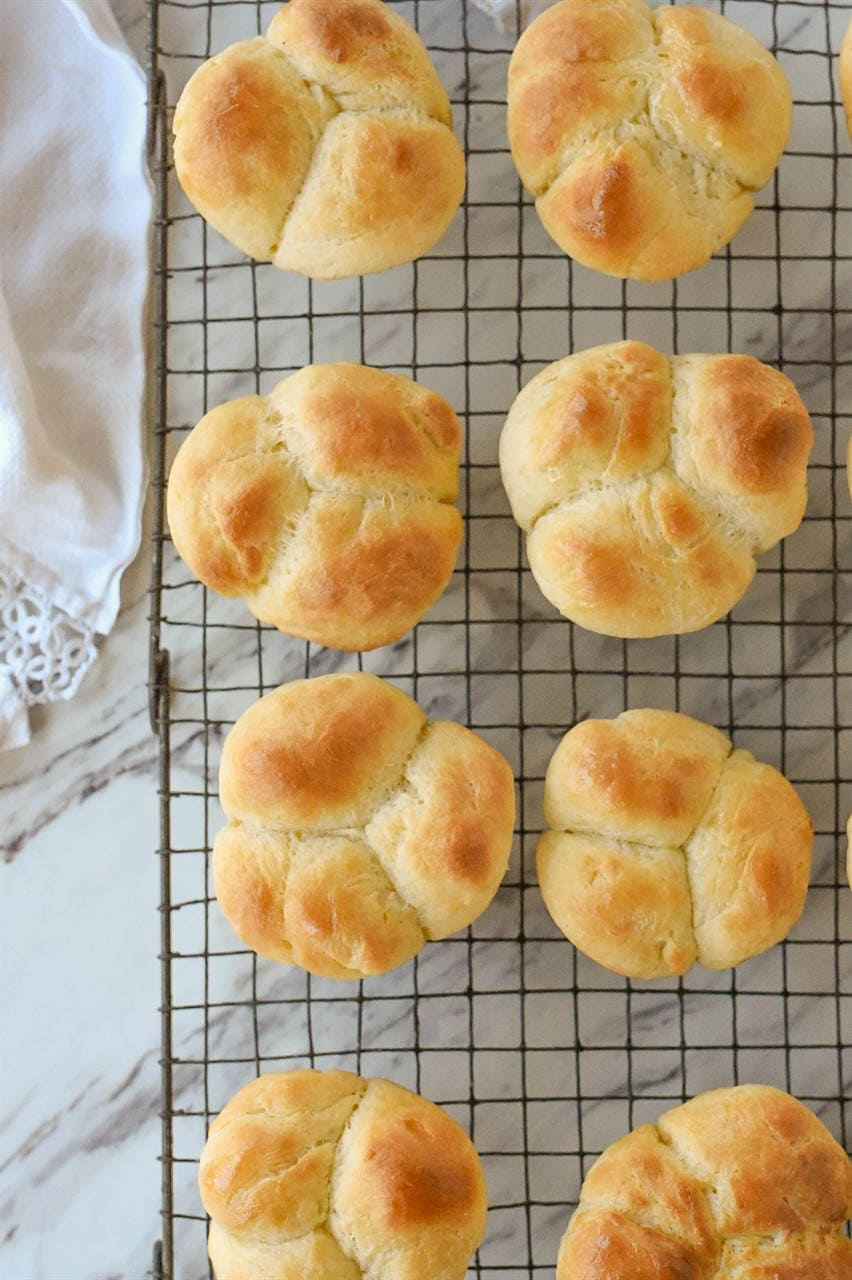 Delicious Buttery Yeast Roll Recipe By Leigh Anne Wilkes
