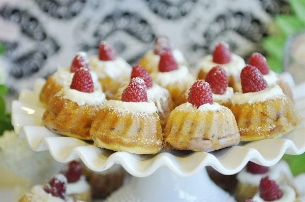 White Chocolate and Raspberry Bundt Cake