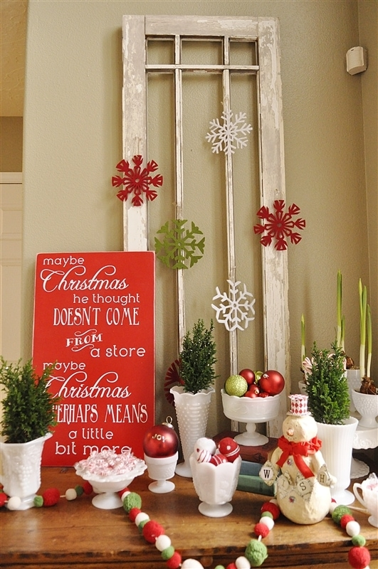 Christmas decor 2012 for Holiday indoor decorating ideas
