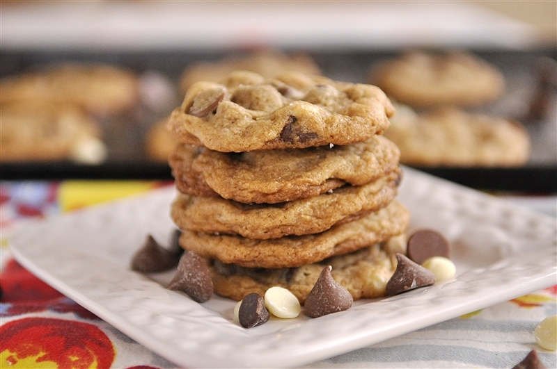 fan of milk chocolate chips and white chocolate chips in my cookies ...