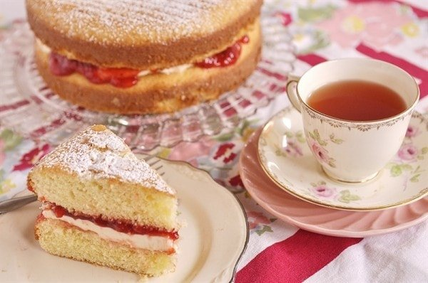 Victoria Sponge Cake - Your Homebased Mom