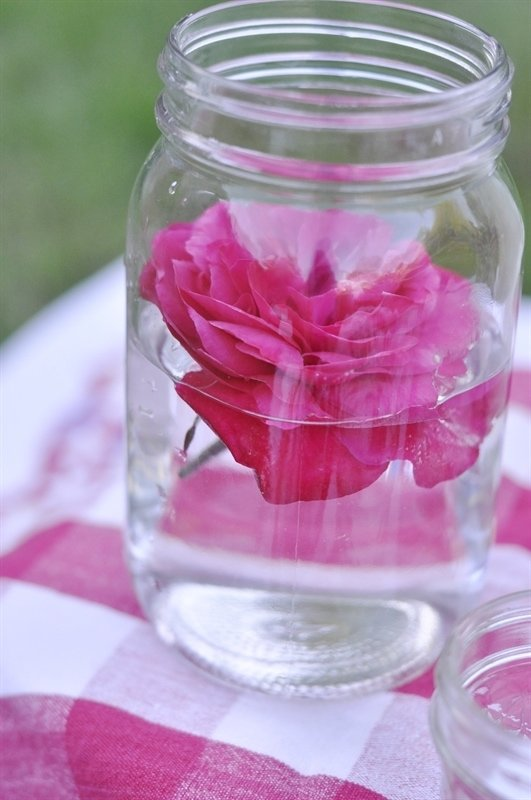 Mason jar flower centerpiece