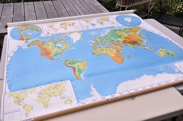 retractable map