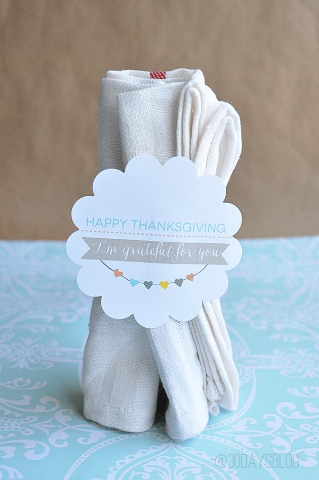 Thanksgiving Printable napkin wrap from www.thirtyhandmadedays.com