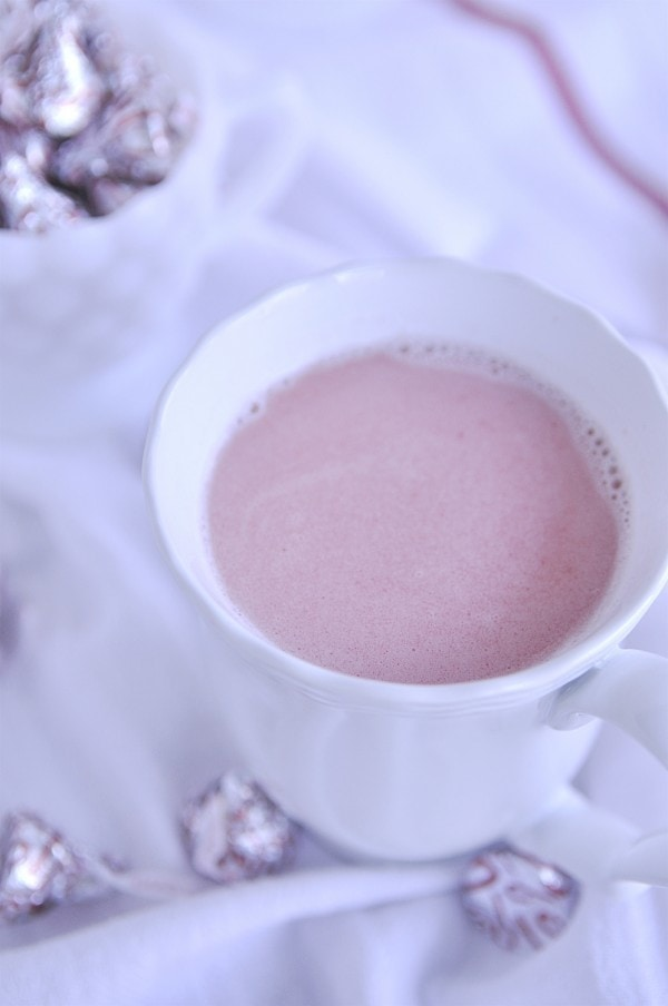 Peppermint White Hot Chocolate Float