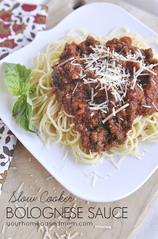 overhead shot of plate of spaghetti