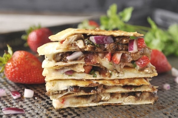 chicken quesadilla super bowl appetizer