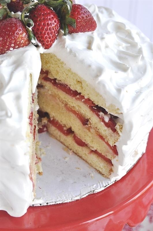 Strawberry Marshmallow Cake