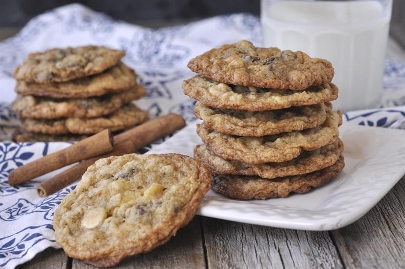 Cinnamon Chocolate Chip Cookies