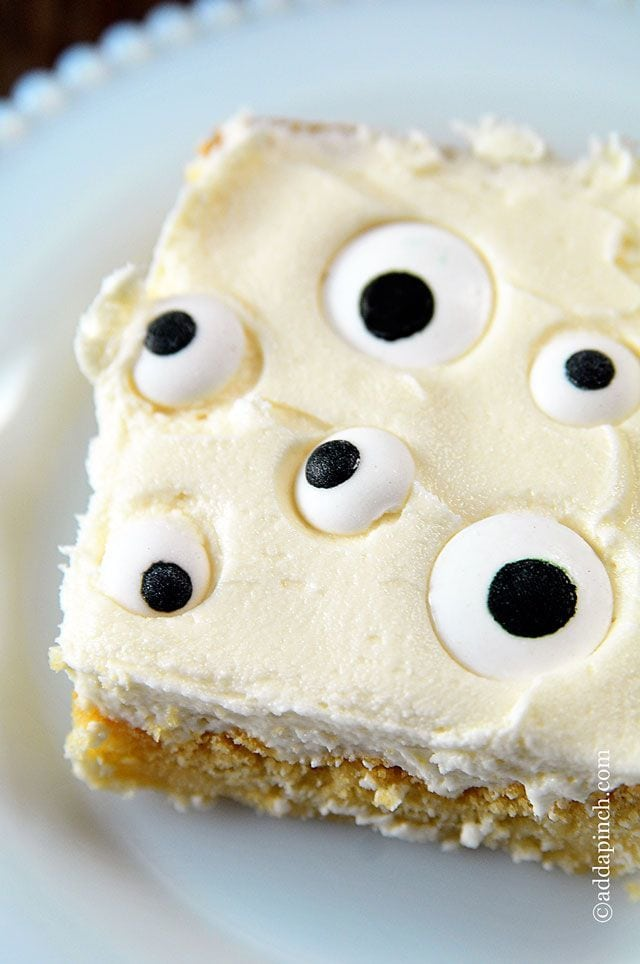 Eyeball Cookie Cake