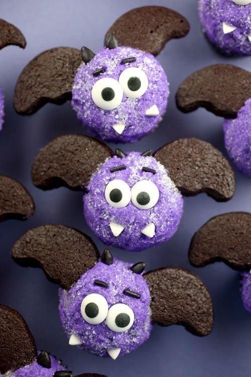 Miniature Bat Cupakes