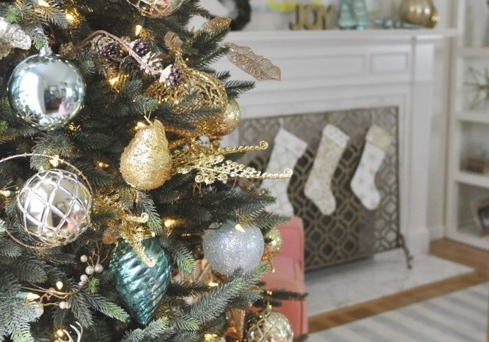 2014 Holiday Home Decor}Part One
