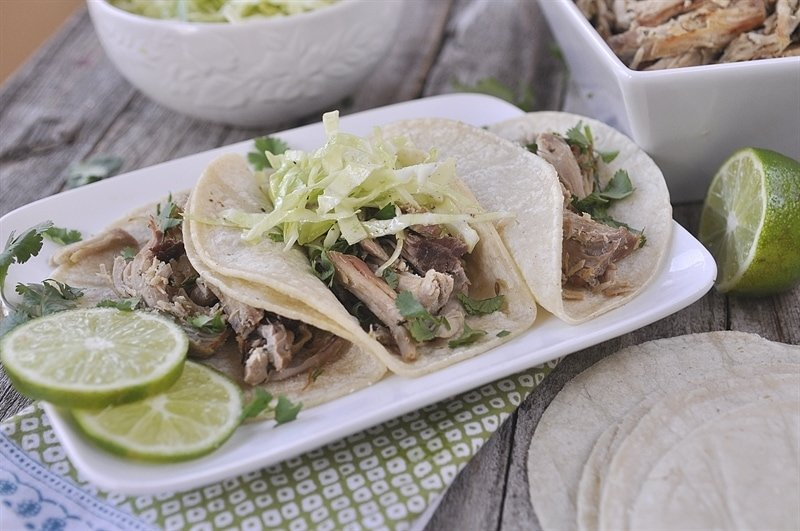 Slow Cooker Salsa Verde Carnitas - your homebased mom