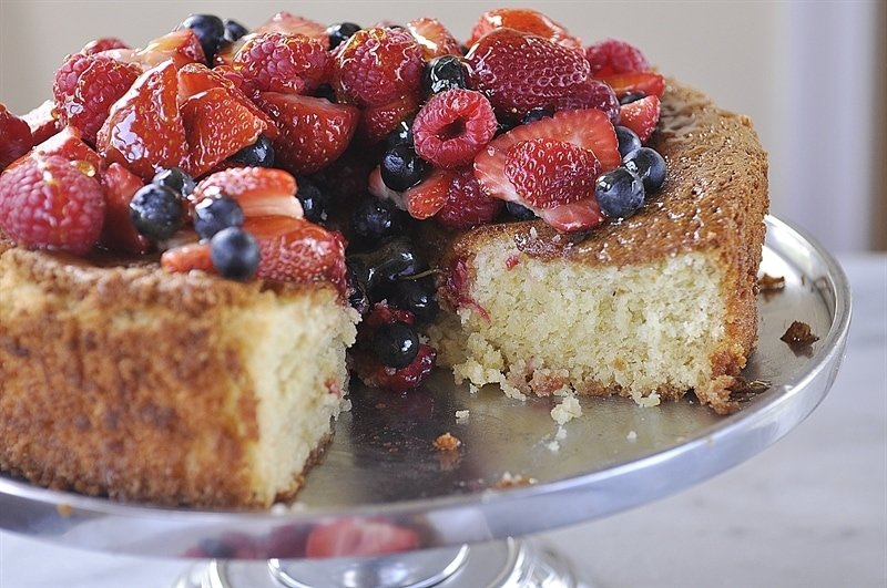 Gluten Free Almond Honey Cake with Berries