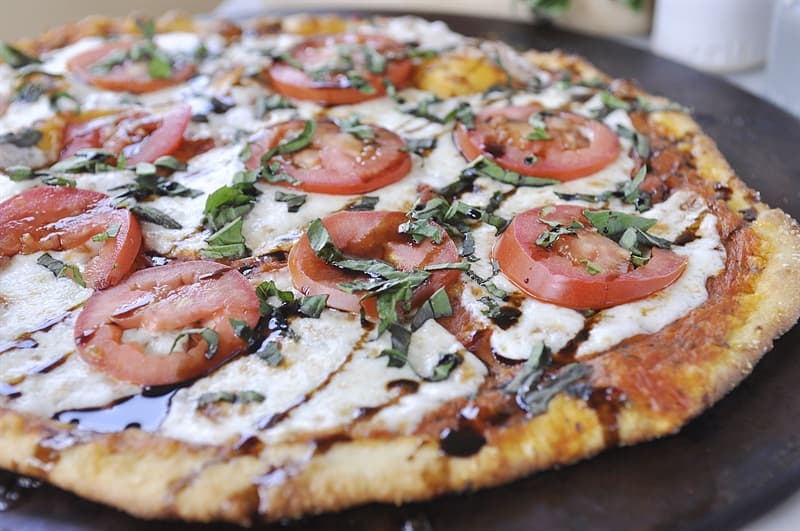 Thin Crust Margharita Pizza @yourhomebasedmom.com