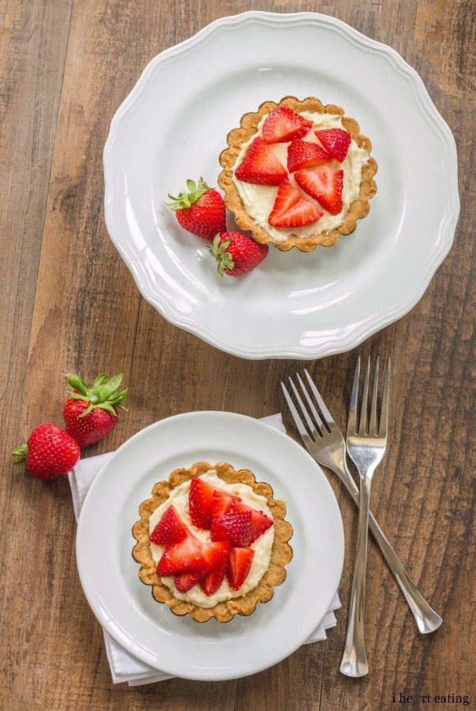 strawberry-cream-cheese-tart-3-686x1024