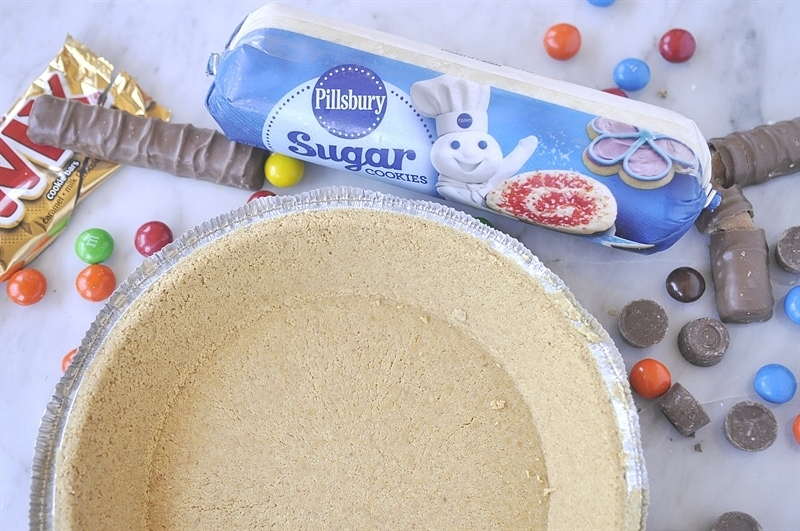 Candy Cookie Pie ingredients