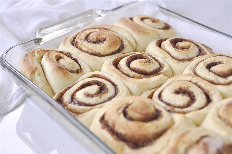 Overnight Cinnamon Rolls - your homebased mom