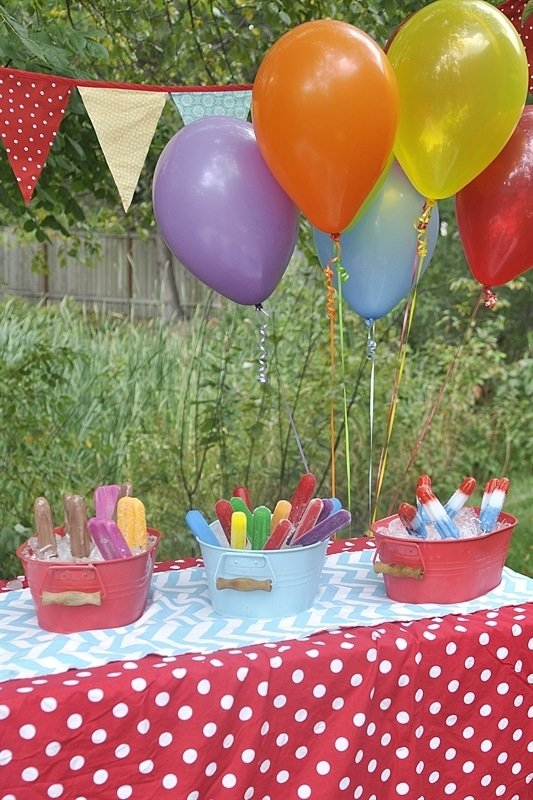 Host a Popsicle Party to celebrate the end or beginning of school!