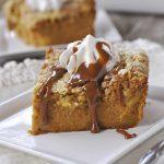 pumpkin pie cake with caramel sauce