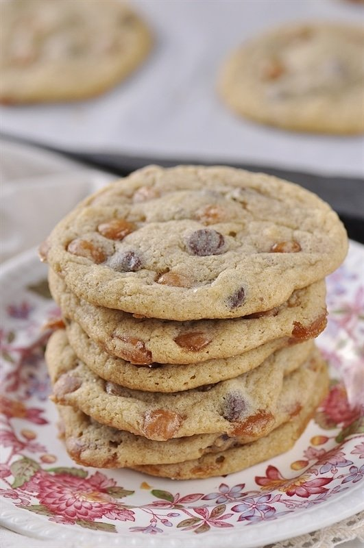 Salted Caramel Chocolate Chip Cookies - your homebased mom