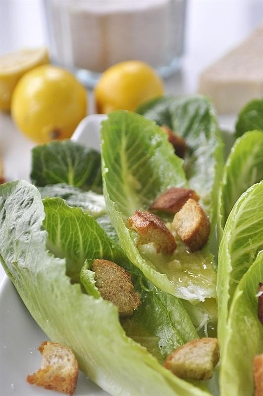 Romaine Lettuce Salad with Lemon Vinaigrette