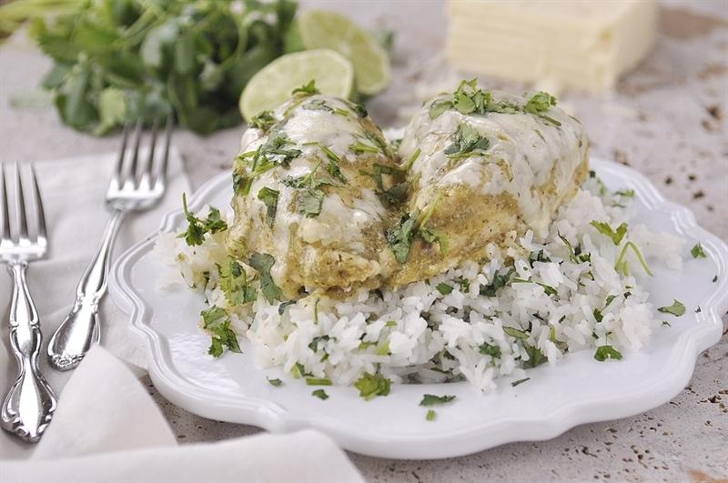 4 ingredient salsa verde chicken