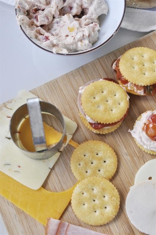 Cream Cheese Mango Salsa Ritzwich