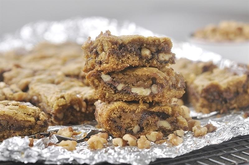 Ooey Gooey pumpkin walnut bars with Nutella