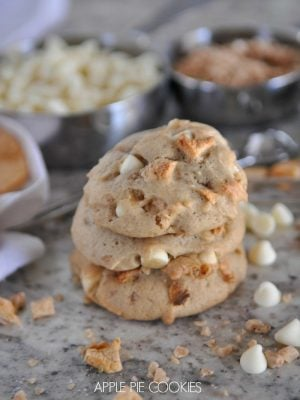 Apple Pie in cookie form with these delicious Apple Pie Cookies
